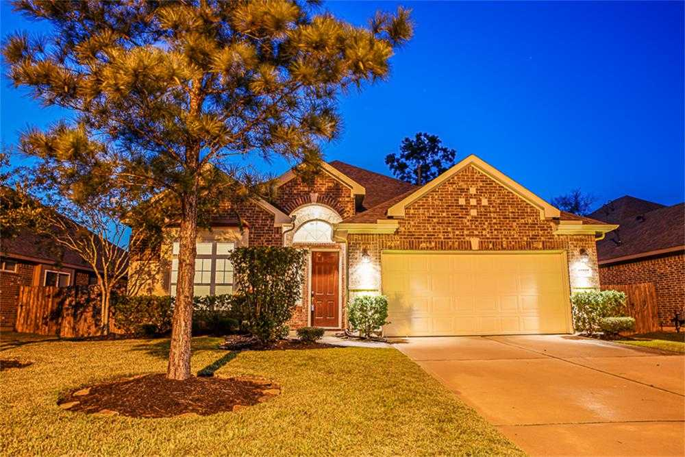$234,900 - 4Br/2Ba -  for Sale in Summerwood, Houston