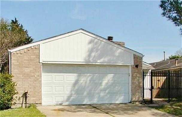 $125,000 - 3Br/2Ba -  for Sale in Alief Village, Houston