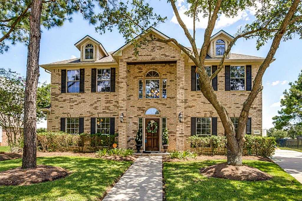 $314,900 - 5Br/3Ba -  for Sale in Stone Gate Sec 10, Houston
