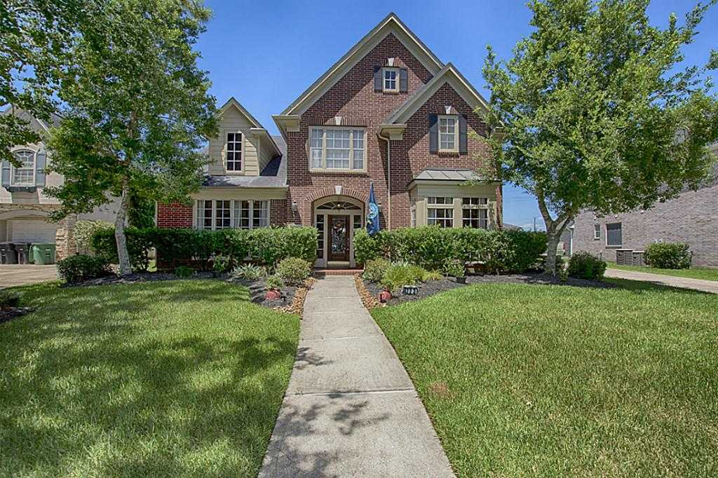 $399,900 - 5Br/4Ba -  for Sale in Pine Brook, Houston