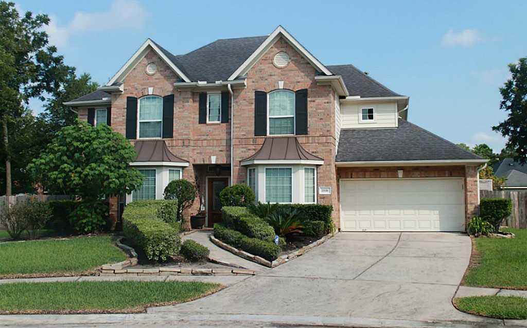 $332,000 - 4Br/4Ba -  for Sale in Spring Lakes,