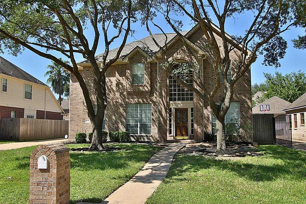 $285,000 - 4Br/4Ba -  for Sale in Hearthstone, Houston