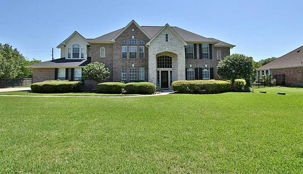 $482,000 - 5Br/5Ba -  for Sale in Lakes Of Rosehill, Cypress