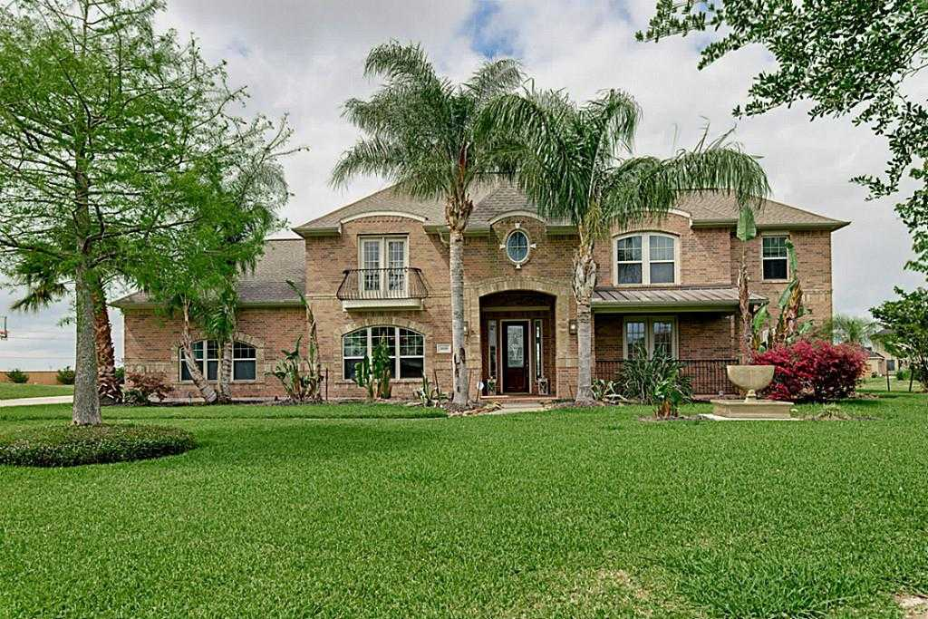 $625,000 - 5Br/6Ba -  for Sale in Whispering Lakes Ranch, League City
