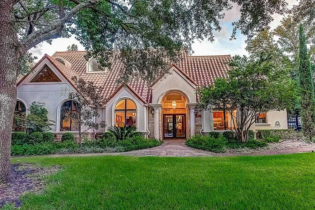 $2,400,000 - 5Br/6Ba -  for Sale in Braeswood R/p, Houston