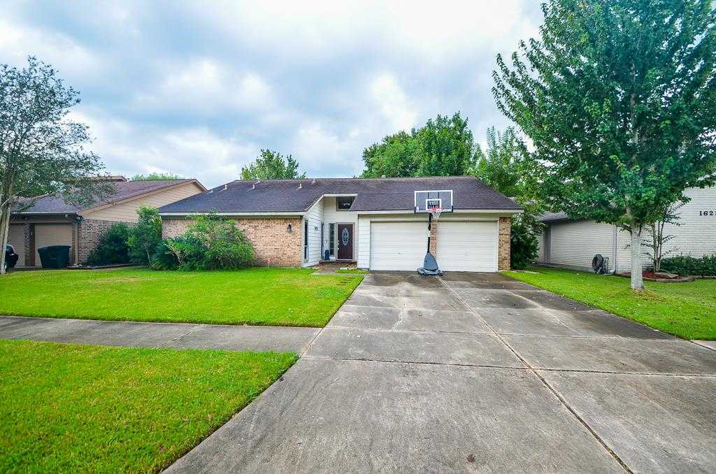 $185,000 - 3Br/2Ba -  for Sale in Middlebrook Sec 01, Houston