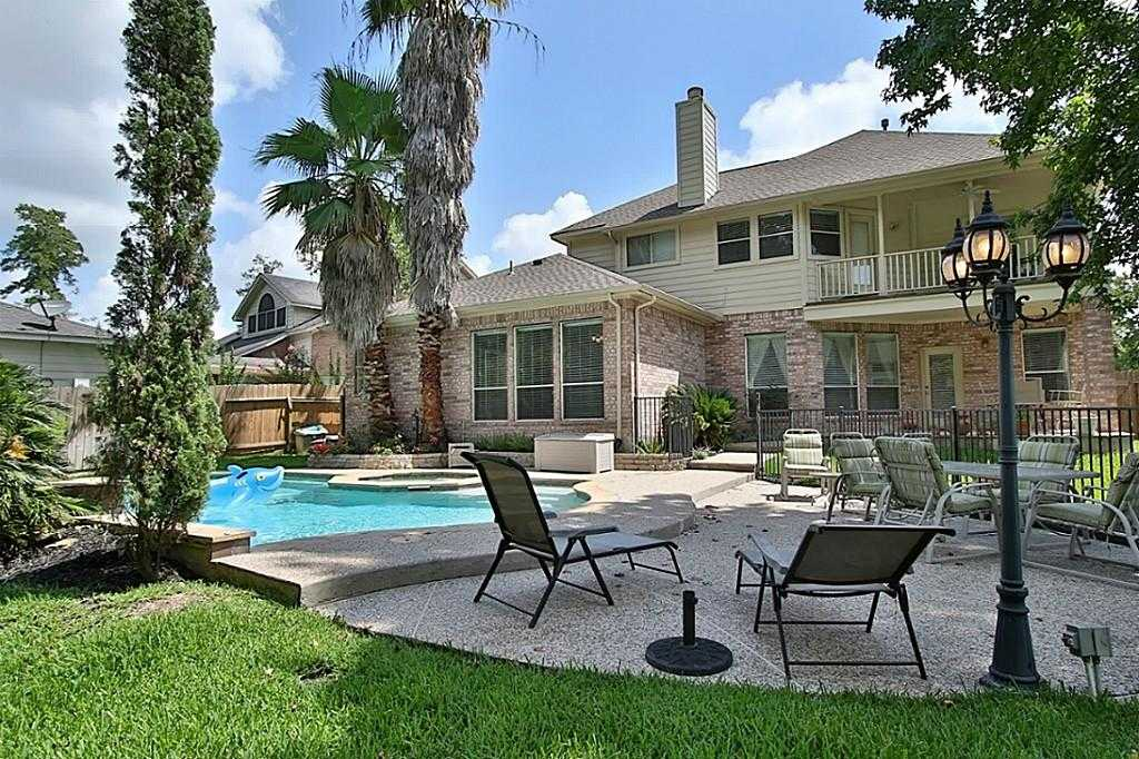 $299,900 - 5Br/4Ba -  for Sale in Spring Lakes,