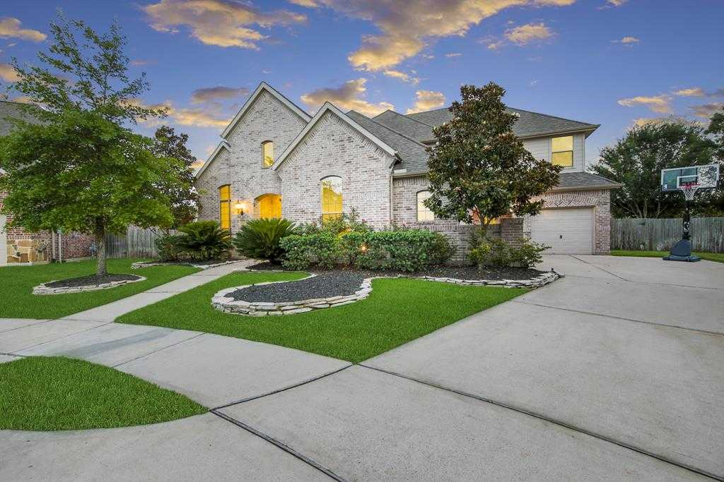 $380,000 - 4Br/4Ba -  for Sale in Copper Lakes, Houston