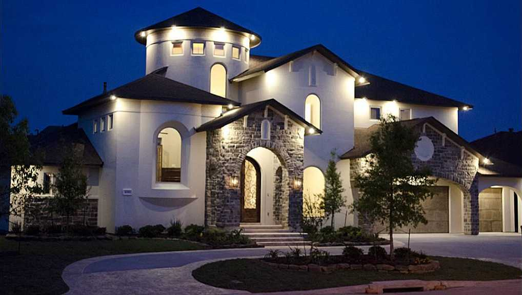 $935,000 - 4Br/5Ba -  for Sale in Towne Lake, Cypress