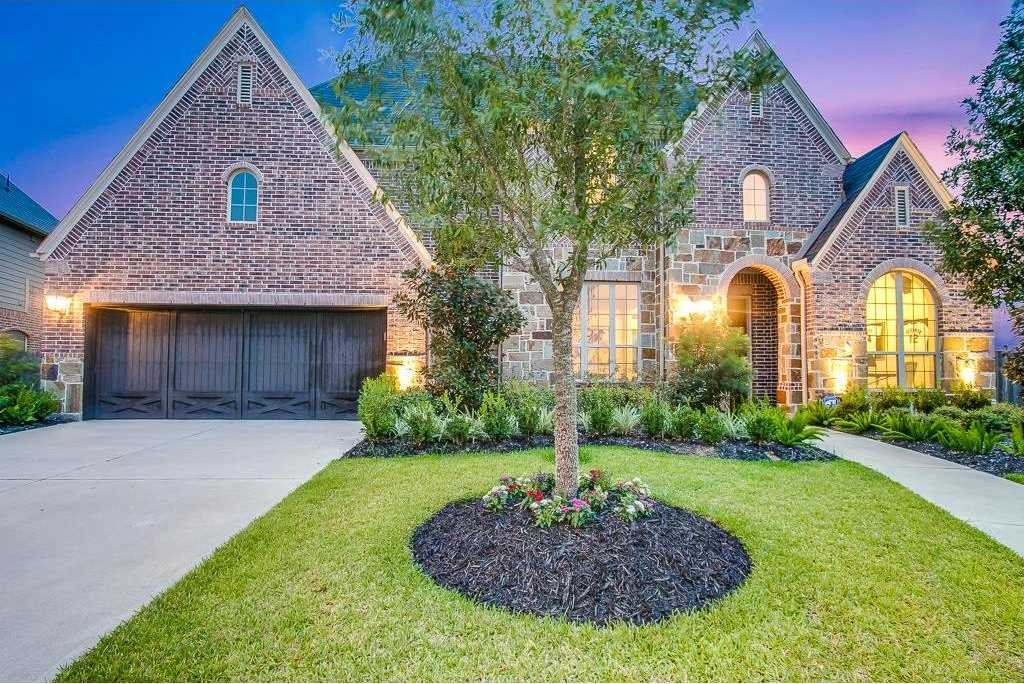 $550,000 - 5Br/6Ba -  for Sale in Firethorne, Katy