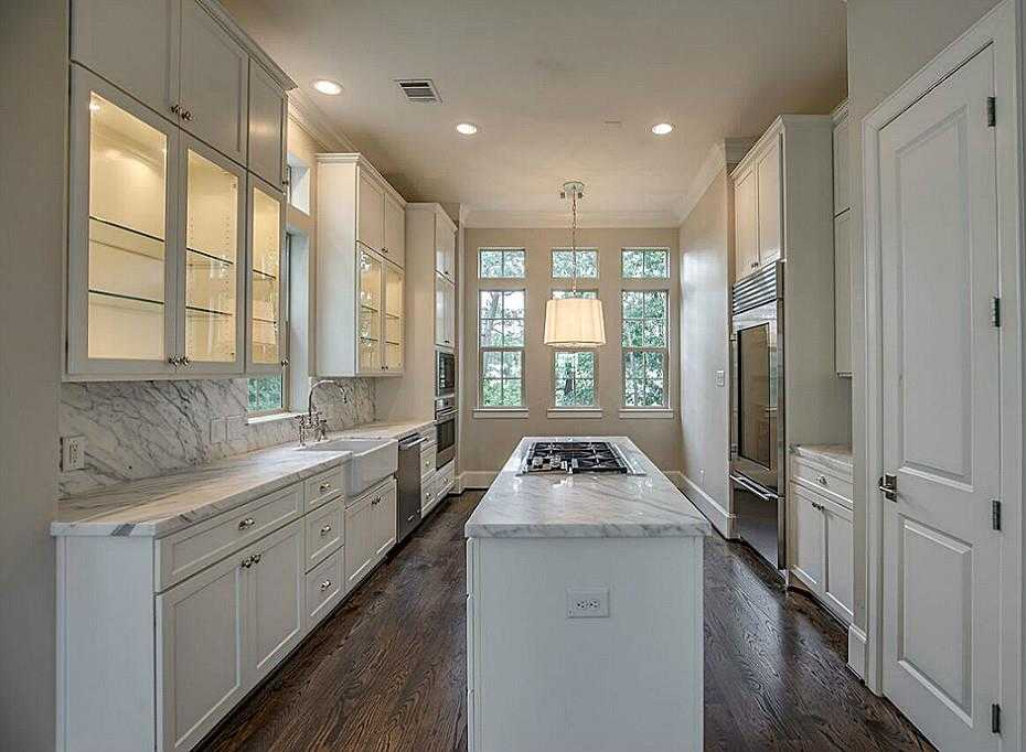 $675,000 - 3Br/4Ba -  for Sale in The Woodlands, The Woodlands