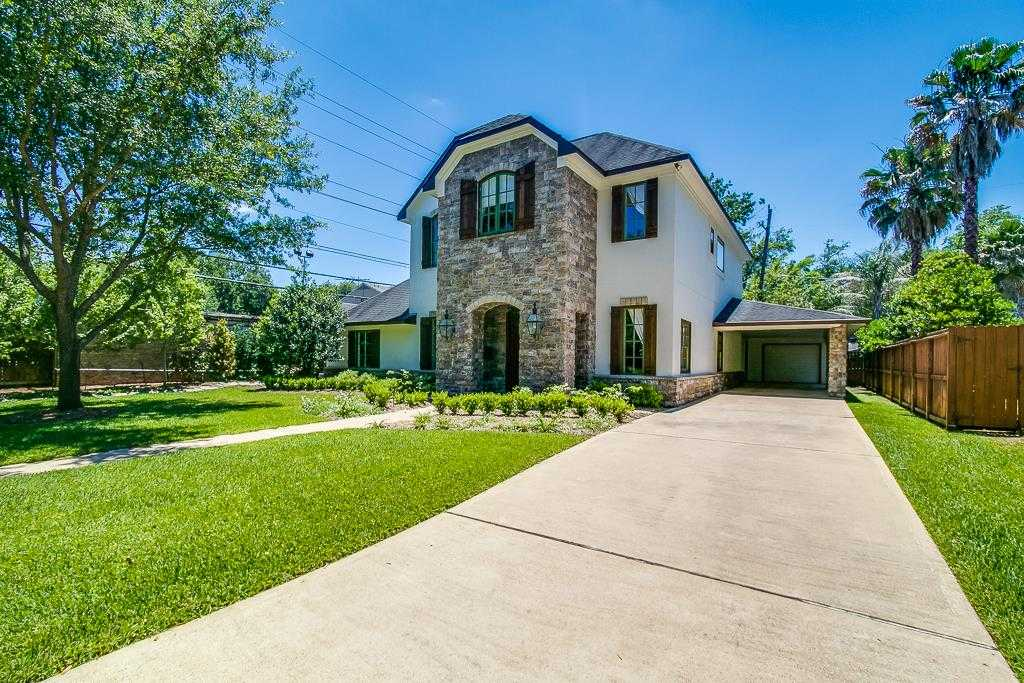 $949,000 - 4Br/4Ba -  for Sale in Briarcroft, Houston