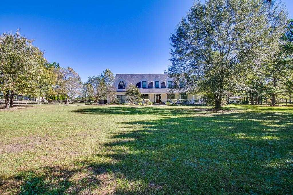 $455,000 - 4Br/3Ba -  for Sale in High Meadow Ranch 03, Magnolia