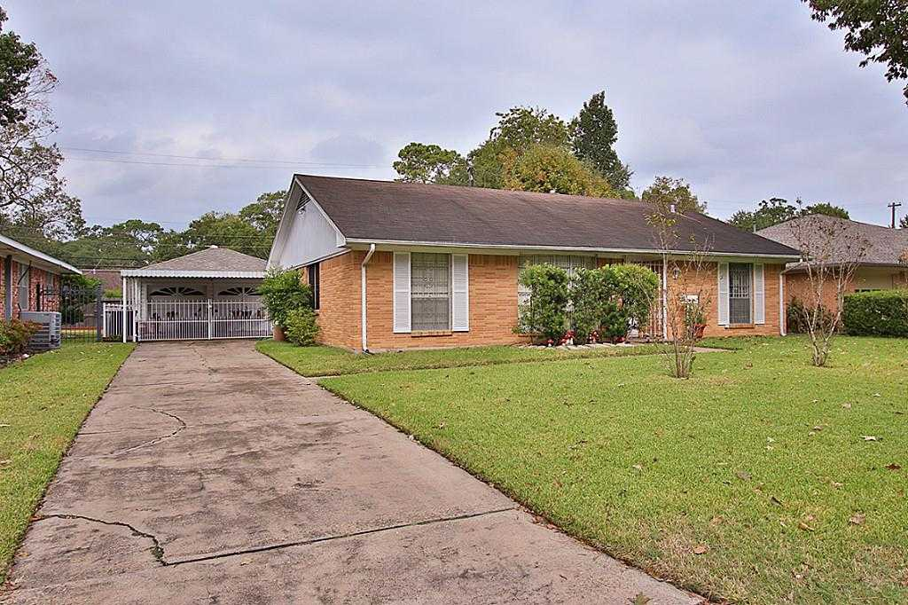 $550,000 - 3Br/2Ba -  for Sale in Lazybrook, Houston