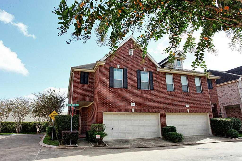 - 3Br/3Ba -  for Sale in Heritage Crk, Houston
