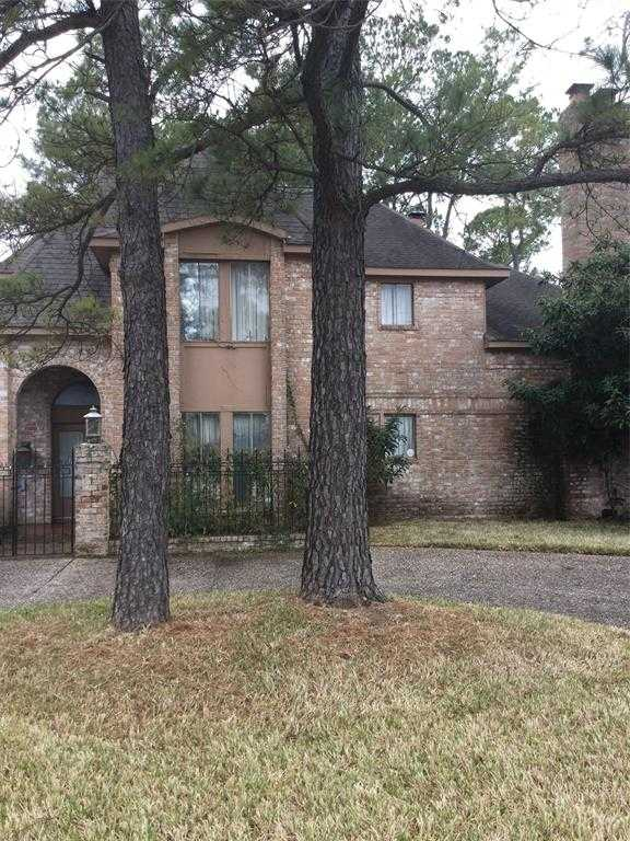 $250,000 - 3Br/4Ba -  for Sale in Inwood Forest, Houston