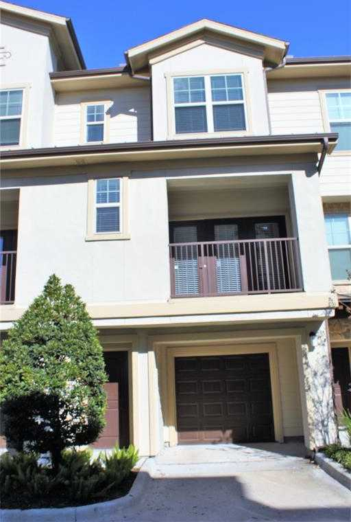 - 1Br/2Ba -  for Sale in Birttmoore/interstate 10 Apts, Houston