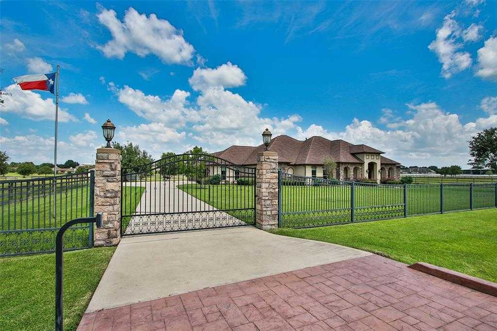 $945,000 - 4Br/4Ba -  for Sale in High Meadow Ranch, Magnolia