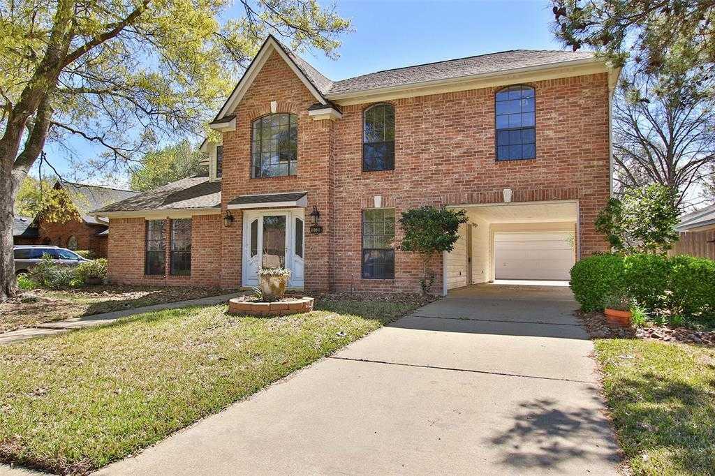 $215,000 - 4Br/3Ba -  for Sale in Copperfield Middlegate Village, Houston