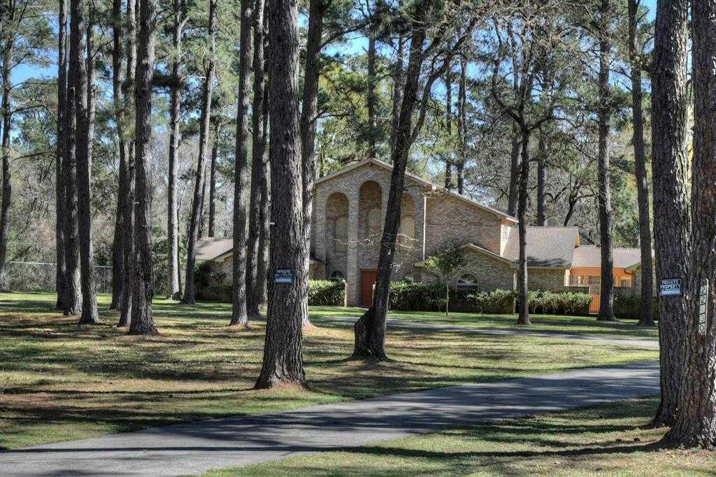 $450,000 - 4Br/3Ba -  for Sale in Pine Oaks Estates U/r, Hockley