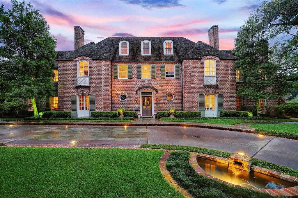 $6,900,000 - 4Br/7Ba -  for Sale in River Oaks Country Club Estate, Houston