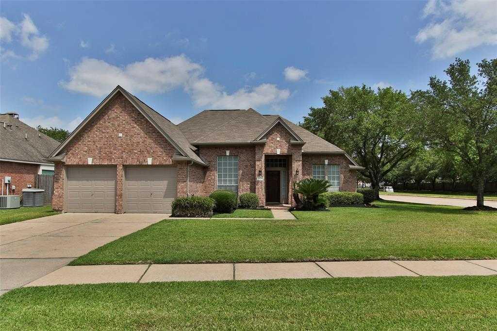 $244,900 - 4Br/2Ba -  for Sale in Crossroads Park, Houston