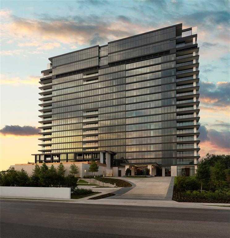 $4,950,000 - 3Br/4Ba -  for Sale in The River Oaks, Houston