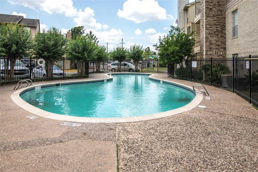 $50,000 - 2Br/4Ba -  for Sale in Braeburn Terrace Condo Ph 2, Houston