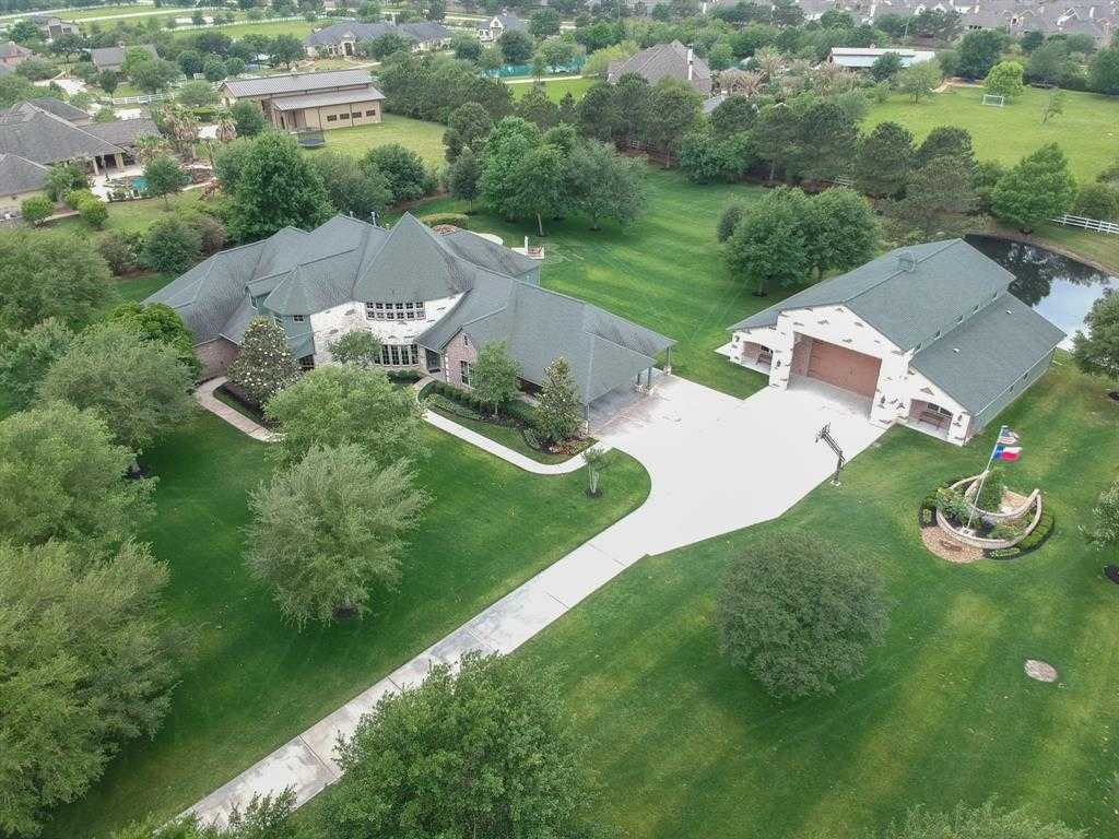 $1,329,000 - 5Br/5Ba -  for Sale in Saddle Ridge Estates, Cypress