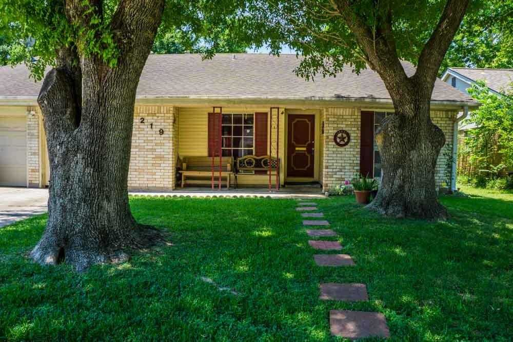 $250,000 - 4Br/2Ba -  for Sale in Holley Terrace Sec 01, Houston