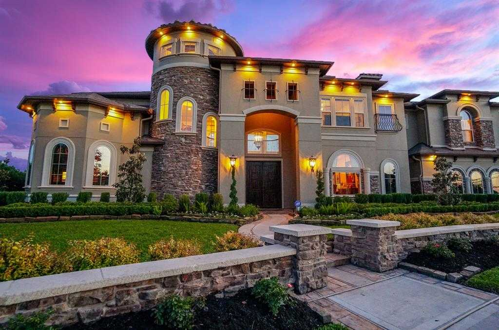 $1,295,000 - 5Br/6Ba -  for Sale in Bridgeland First Bend, Cypress