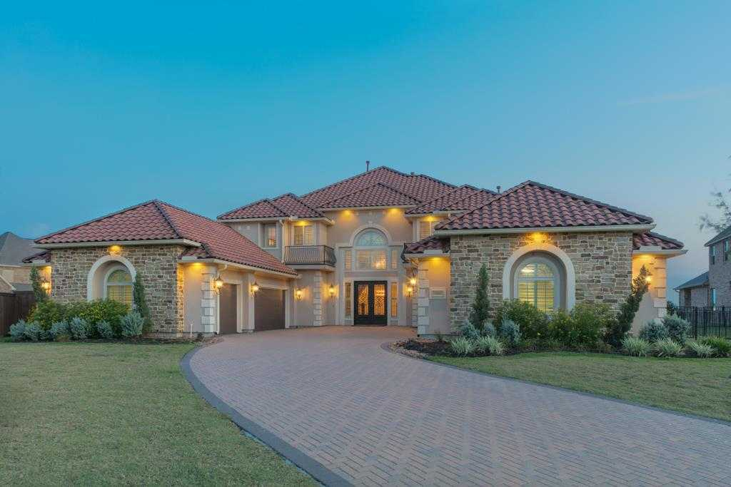 $1,350,000 - 6Br/6Ba -  for Sale in Towne Lake, Cypress