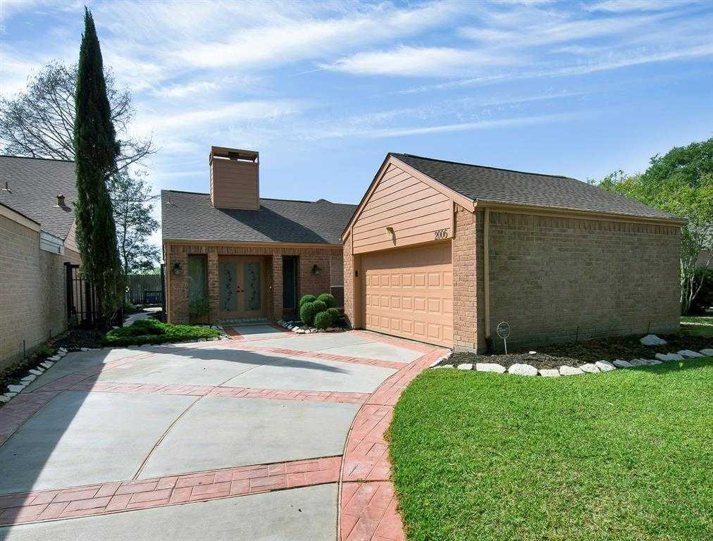 $250,000 - 3Br/2Ba -  for Sale in Ashford Hollow Sec 01, Houston