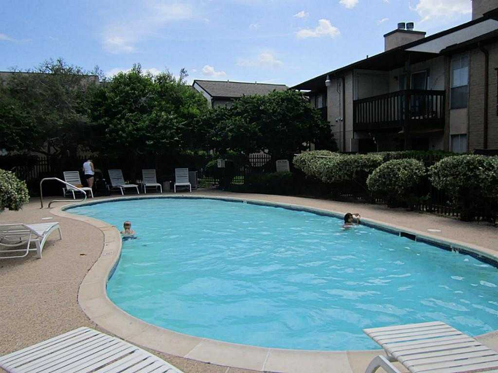 - 2Br/2Ba -  for Sale in Taylorcrest, Houston