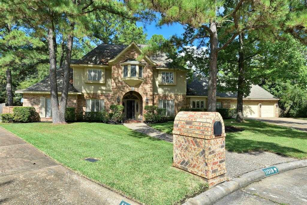 $389,400 - 4Br/4Ba -  for Sale in Lakewood Forest Sec 02, Houston
