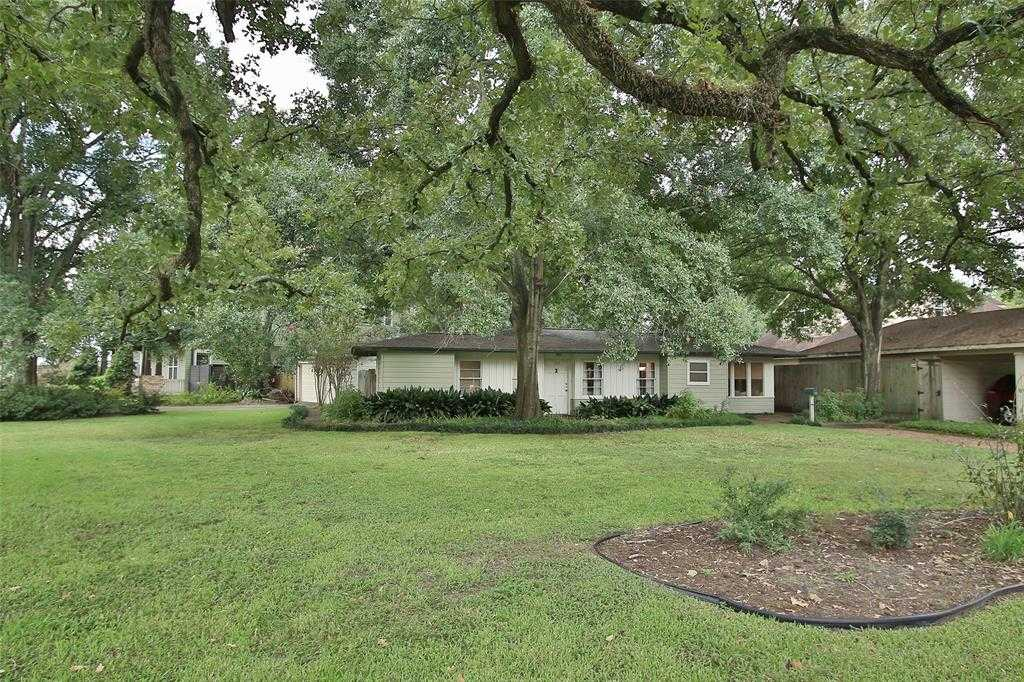 $560,000 - 2Br/1Ba -  for Sale in Oak Forest, Houston