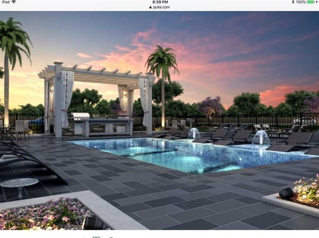 - 3Br/3Ba -  for Sale in Briarmont, Houston