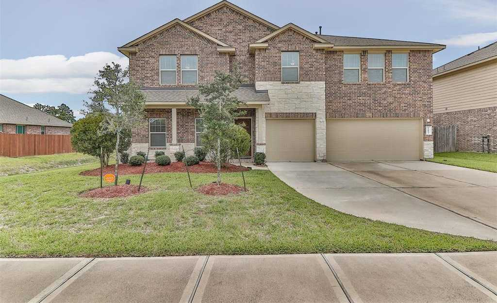 $374,000 - 5Br/4Ba -  for Sale in Willow Lake Village, Tomball