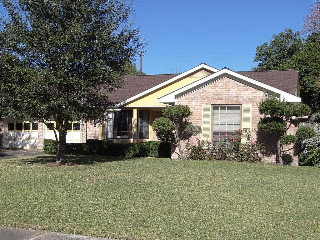 $250,000 - 3Br/2Ba -  for Sale in Willowbrook Sec 02, Houston