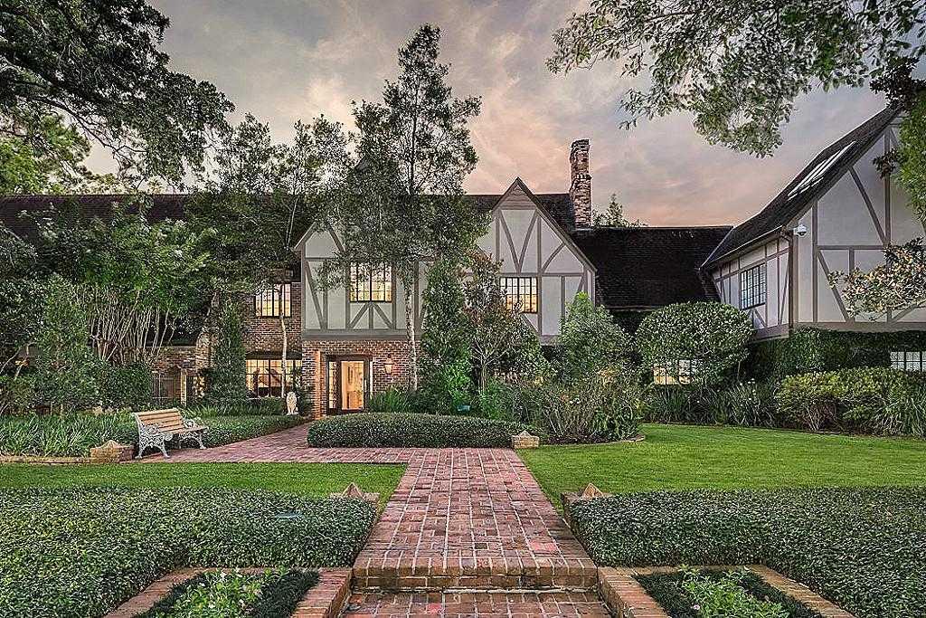 $7,999,999 - 5Br/7Ba -  for Sale in River Oaks, Houston