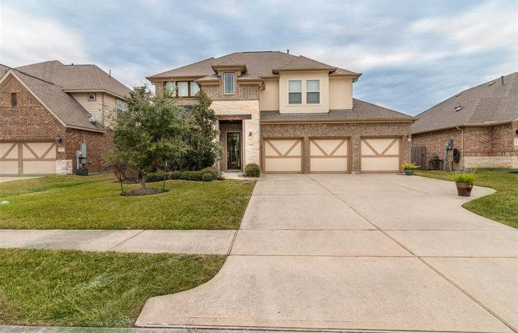 $425,900 - 4Br/4Ba -  for Sale in Hidden Lakes, League City