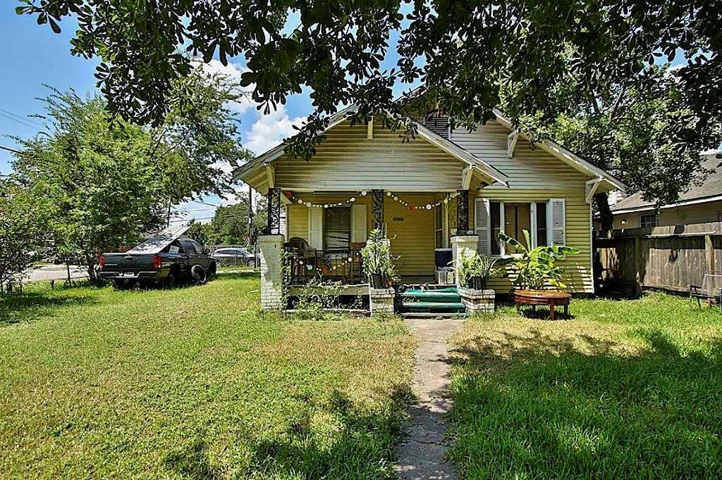 $195,900 - 2Br/1Ba -  for Sale in Irvington, Houston