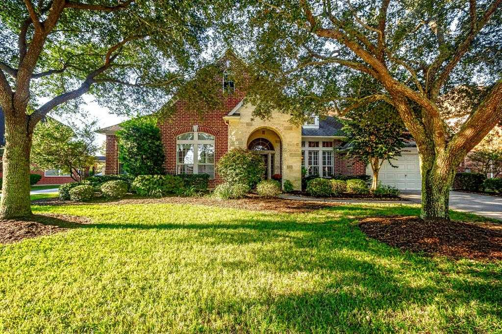 $269,000 - 4Br/2Ba -  for Sale in Fall Creek, Humble