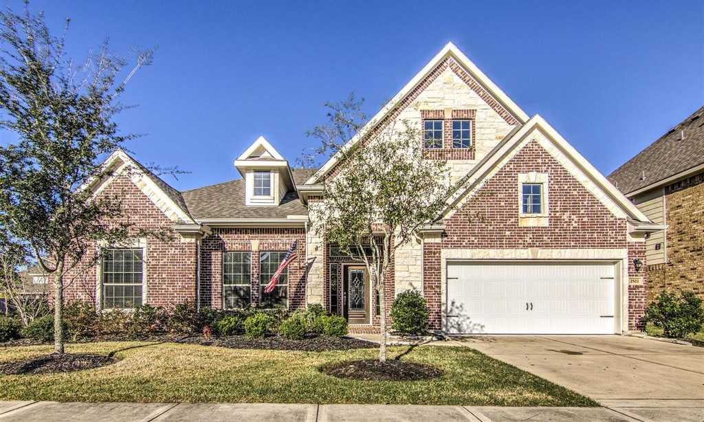 $339,000 - 4Br/3Ba -  for Sale in Riverpoint, Kingwood