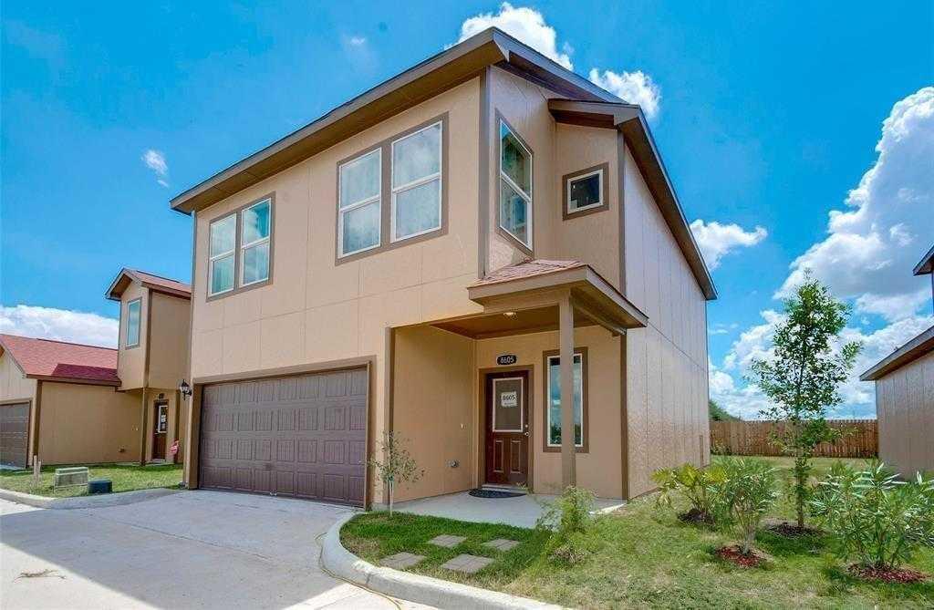 - 4Br/3Ba -  for Sale in Venetian Luxury Homes, Houston