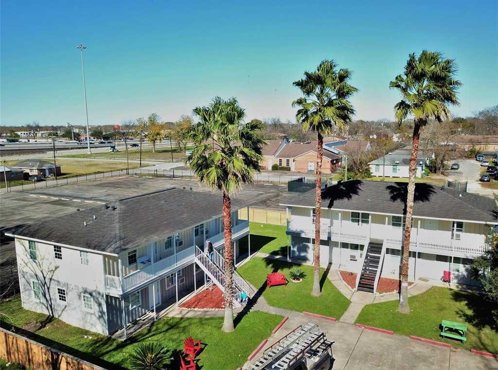 $1,534,000 - Br/Ba -  for Sale in Eagle, Houston