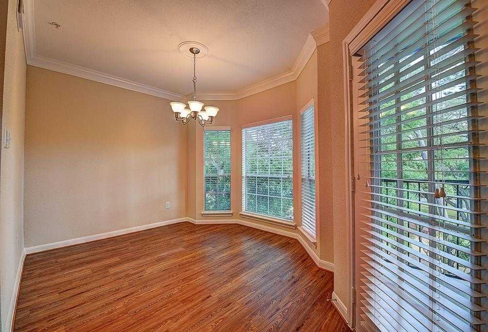 - 3Br/2Ba -  for Sale in Post Oak Park 02 Apts, Houston