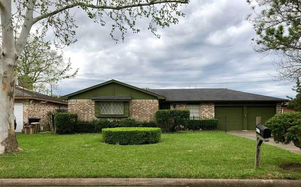 $135,000 - 3Br/2Ba -  for Sale in Leawood West, Houston