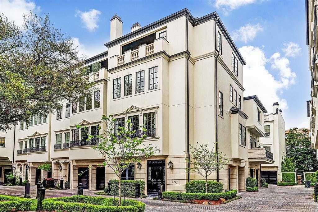 $1,495,000 - 3Br/3Ba -  for Sale in Cheyne Walk, Houston