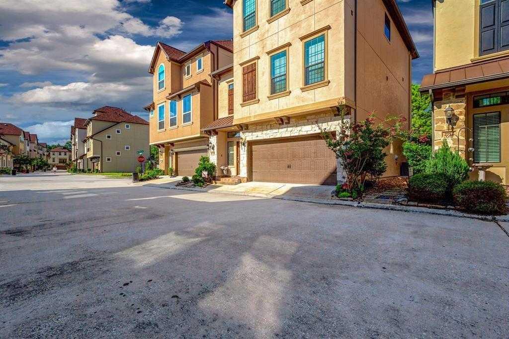 $279,900 - 4Br/4Ba -  for Sale in Kingwood Estates, Kingwood